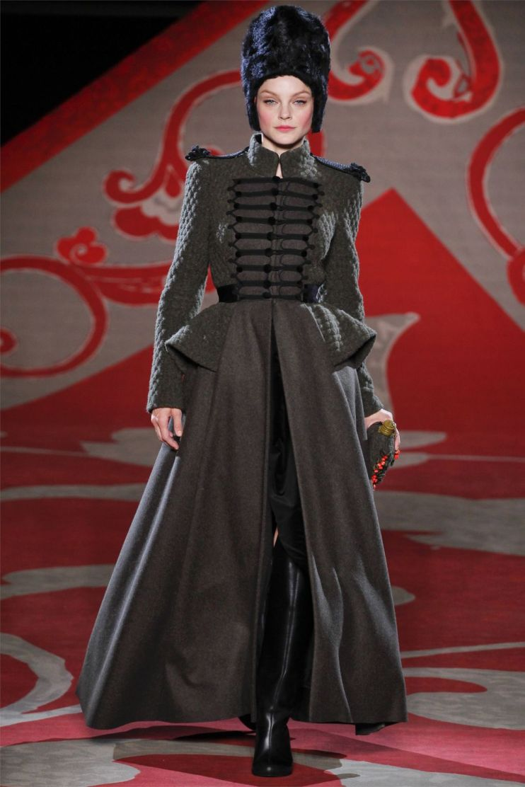 Ulyana-Sergeenko-Haute-Couture-Fall-Winter-2012-2013