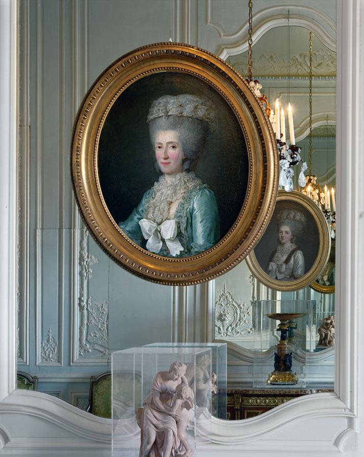 Robert-Polidori-Versailles-Mary-Boone-Gallery-yatzer-4