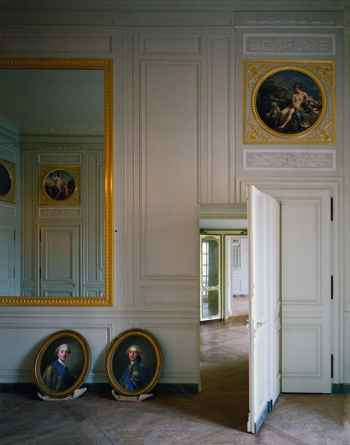 Robert-Polidori-Versailles-Mary-Boone-Gallery-yatzer-6